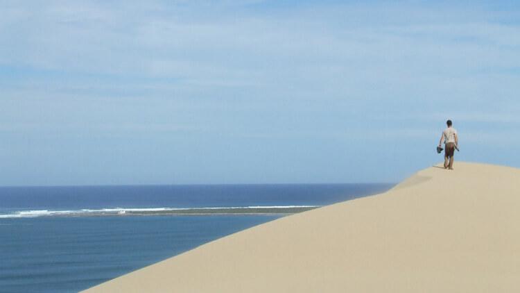 beautiful-sandboarding-dunes